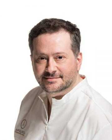 stomatolog-apolonija-zagreb-centar-izv-prof-dr-sc-Tomislav-Lauc-ravnatelj-apolonije-portret